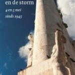 De stilte en de storm review